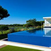 piscina stile portoghese
