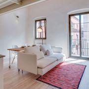 Ristrutturazione di una casa con pavimento laminato