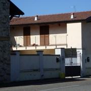 Ristrutturazione e ampliamento di abitazione a Novara