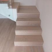Progetto di rivestimento di una scala in legno