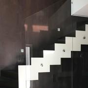 Scala in resina& decorazione parete Oikos