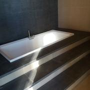 Esecuzione di bagno rialzato