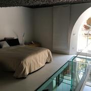 Pavimento e bagni in Resina per un loft di pregio in Via Margutta