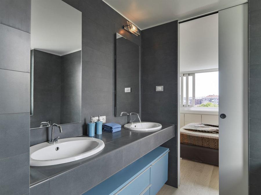 7 consigli per un bagno lungo e stretto idee - Idee ristrutturazione bagno stretto e lungo ...