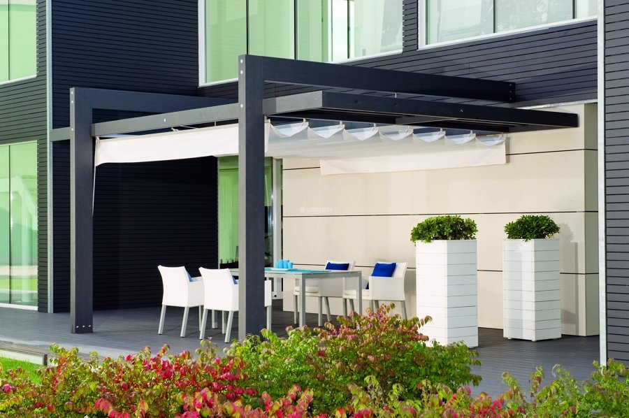 Progetto installazione pergolato laria con tenda mobile - Mobile terrazzo legno ...