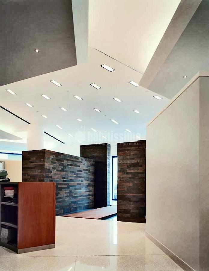 Progetto allestimento showroom bagno design idee ristrutturazione locali commerciali - Allestimento bagno ...
