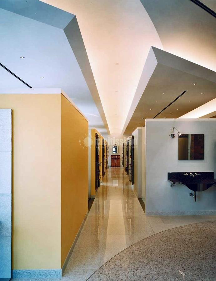 Progetto allestimento showroom bagno design idee for Showroom arredo bagno milano