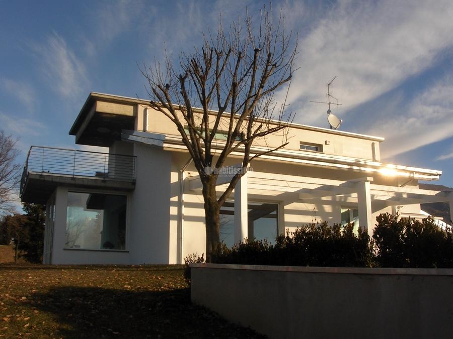 Villa sulle colline lecchesi