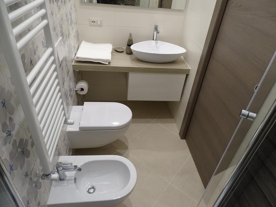 bagno della camera da letto padronale