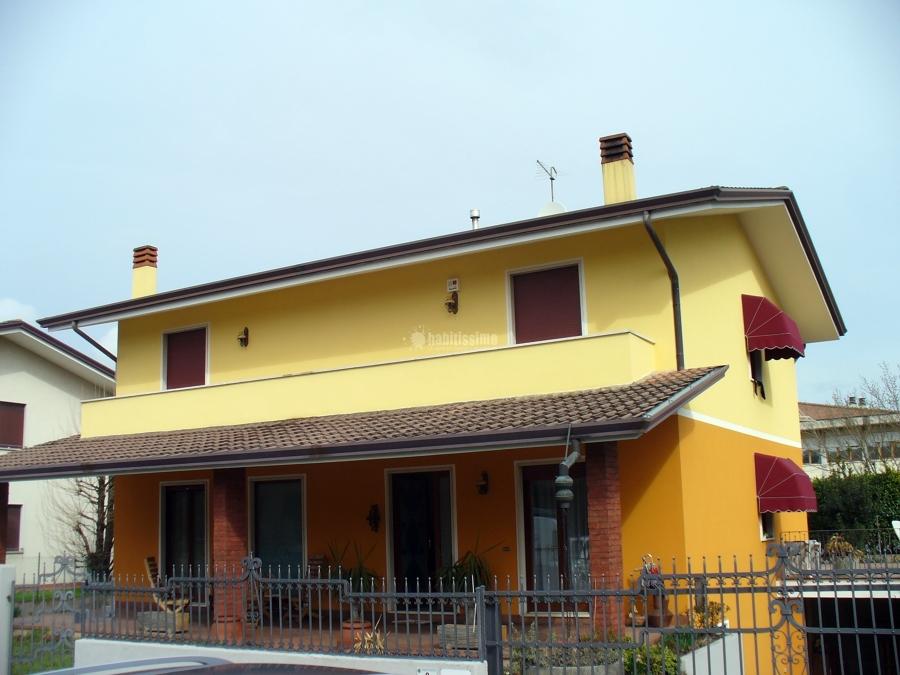Progetto di tinteggiatura esterna idee imbianchini - Tinteggiare casa esterno ...