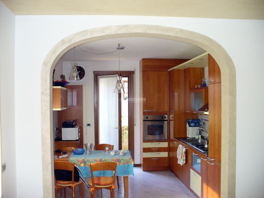 Progetto di creazione arco idee cartongesso - Arco per dividere soggiorno e cucina ...
