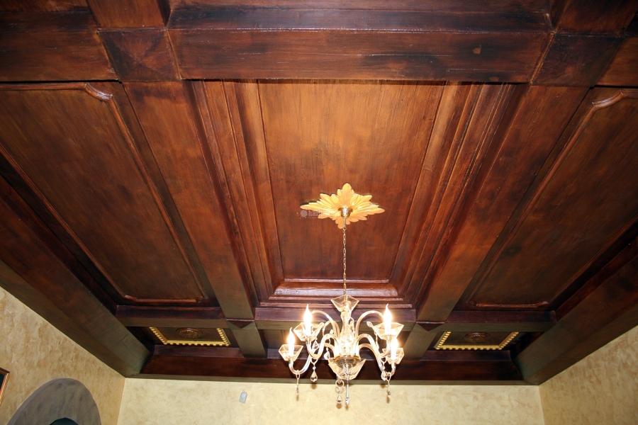 Foto controsoffitto ad effetto legno di poliart 37647 for Travi polistirolo finto legno prezzi