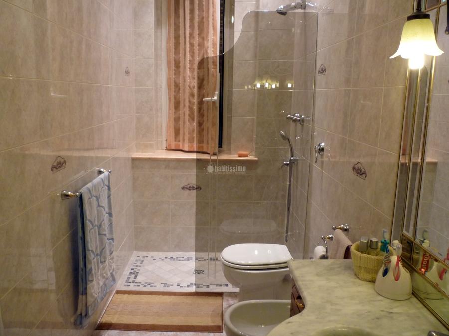 Progetto realizzazione vetro doccia colore bronzo con - Foto bagni con doccia ...