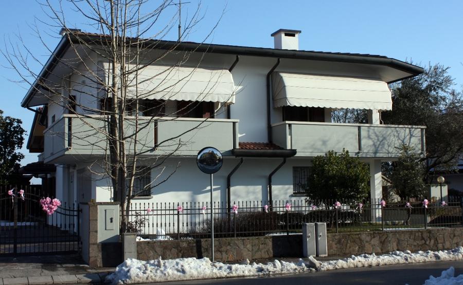 845-94 foto edificio fronte