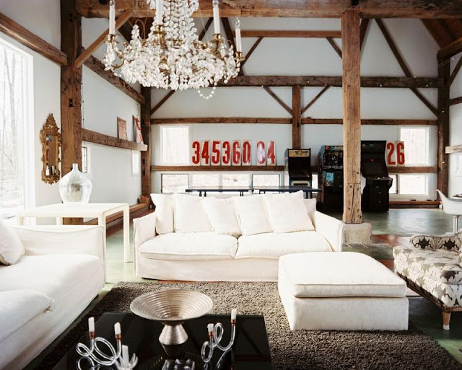 Come arredare un salone rustico moderno idee interior for Salotto rustico