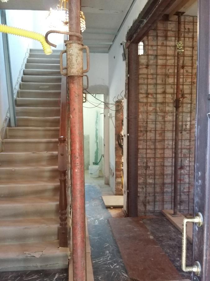 Ristrutturazione villetta via segantini idee ristrutturazione casa - Apertura porta su muro portante ...