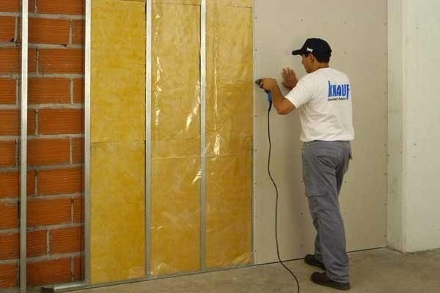 Come realizzare l 39 isolamento acustico di una stanza idee - Aislamiento de paredes ...