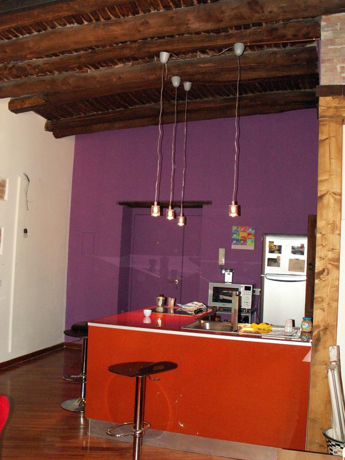 Foto angolo cottura con cucina angolare in vetro de raffaella forgione 65188 habitissimo - Cucina angolo cottura ...