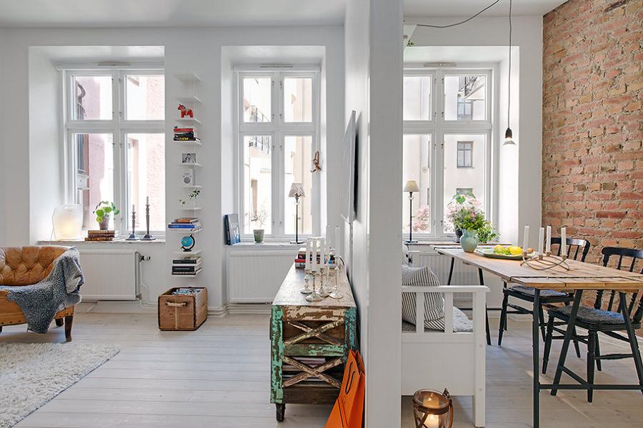 Appartamento con tante finestre