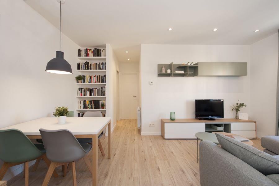 Appartamento ristrutturato con arredamento in stile nordico