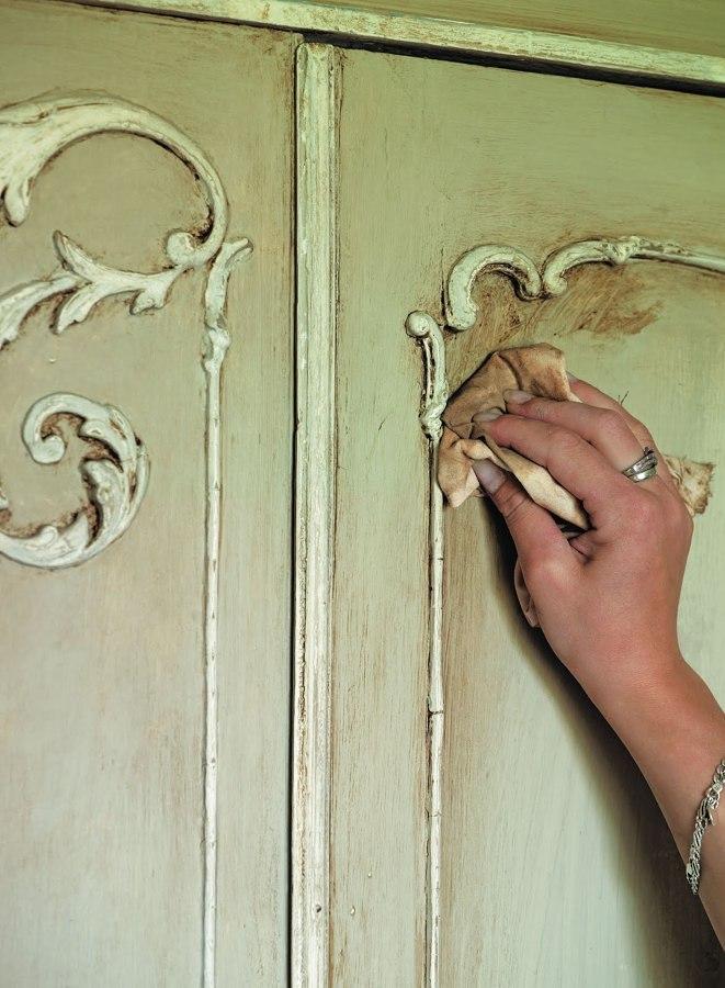 Rinnova i tuoi mobili con la chalk paint idee interior - Colorare i mobili ...