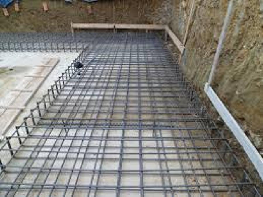 Foto armatura in ferro per muri in getto di cemento di for Progetti di garage in blocchi di calcestruzzo