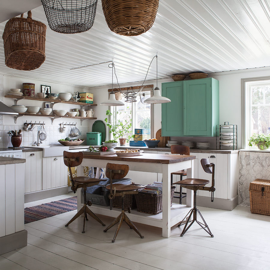 Foto arredamento cucina in casa rurale di valeria del - Cucina arredamento moderno ...