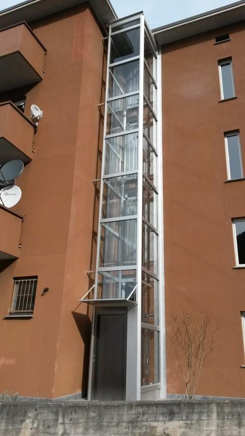 Foto ascensore per esterno di 3mf di bonfanti marino 265329 habitissimo - Ascensore esterno costo ...