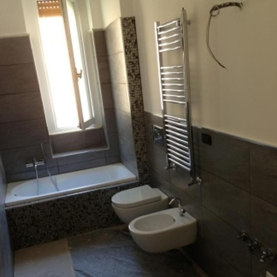 Lavori di ristrutturazione bagno eseguiti idee - Idee ristrutturare bagno ...