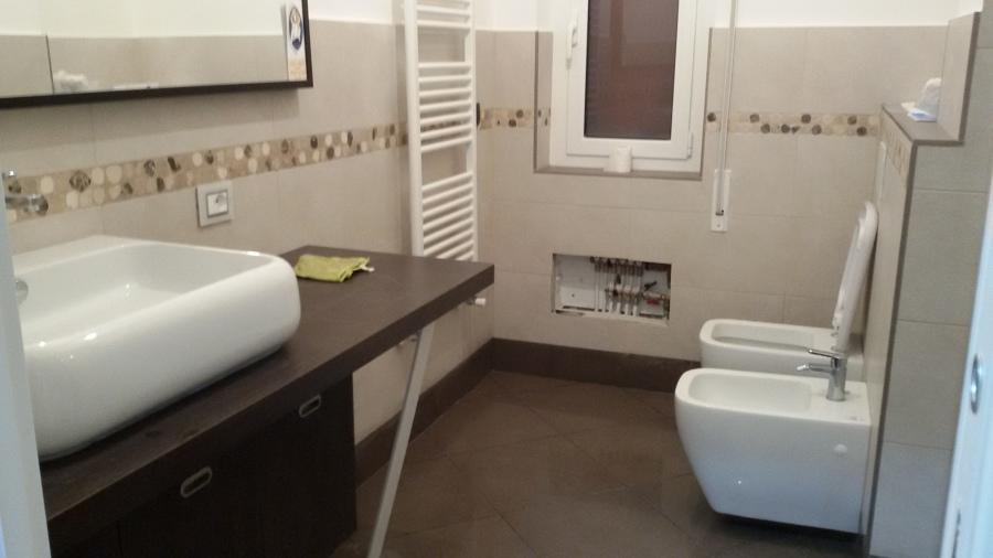 Ristrutturazione completa appartamenti idee - Cartongesso in bagno ...