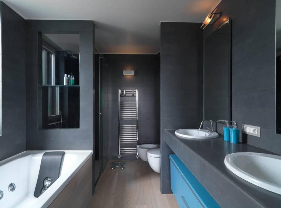 Foto bagno di manuela occhetti 393858 habitissimo - Rivestimento bagno grigio ...