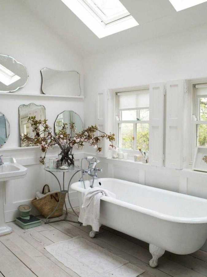 bagno bianco vintage