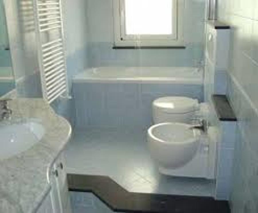 arredamento bagno  design arredo. idee bagno con gradino ~ idee creative di interni e mobili ...