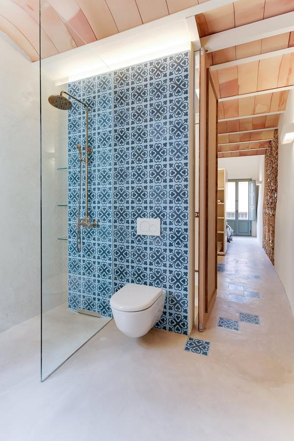 Resina pietra e cementine per un appartamento super - Cementine bagno ...