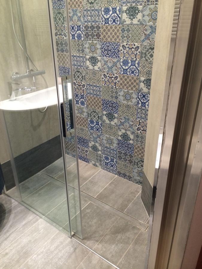 Foto bagno con doccia de 3g snc 250245 habitissimo - Foto bagni con doccia ...