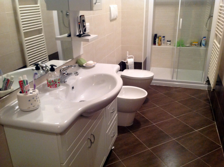 Progetto bagno con super doccia progetti ristrutturazione bagni - Bagno con sale ...