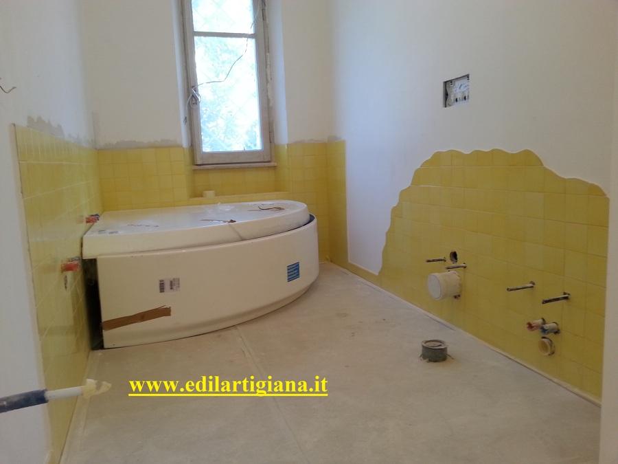 Idee Bagno Giallo: Giallo e grigio nel salone idee di abbinamenti. Arredare con il giallo un ...