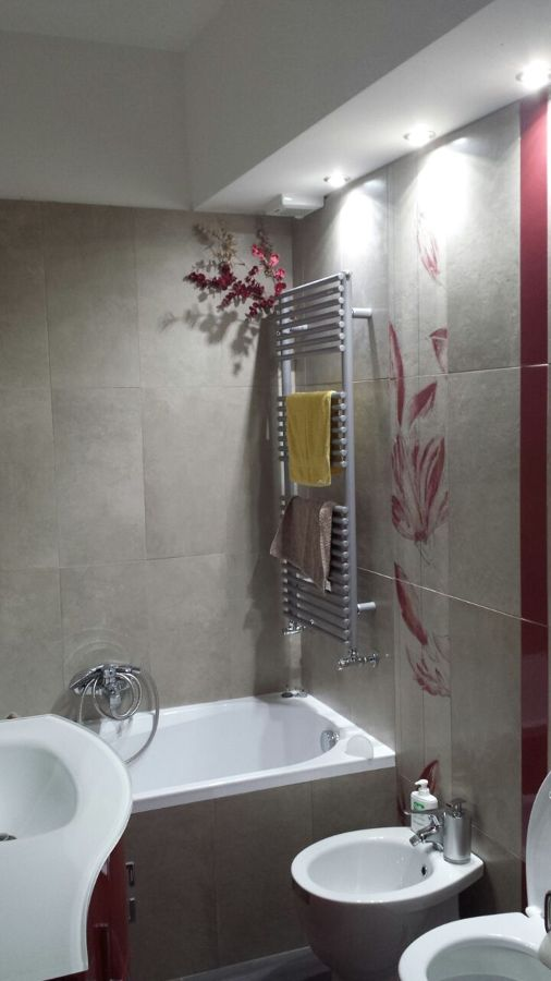 Appartamento giovane coppia roma nuovo salario idee - Bagno in camera ...