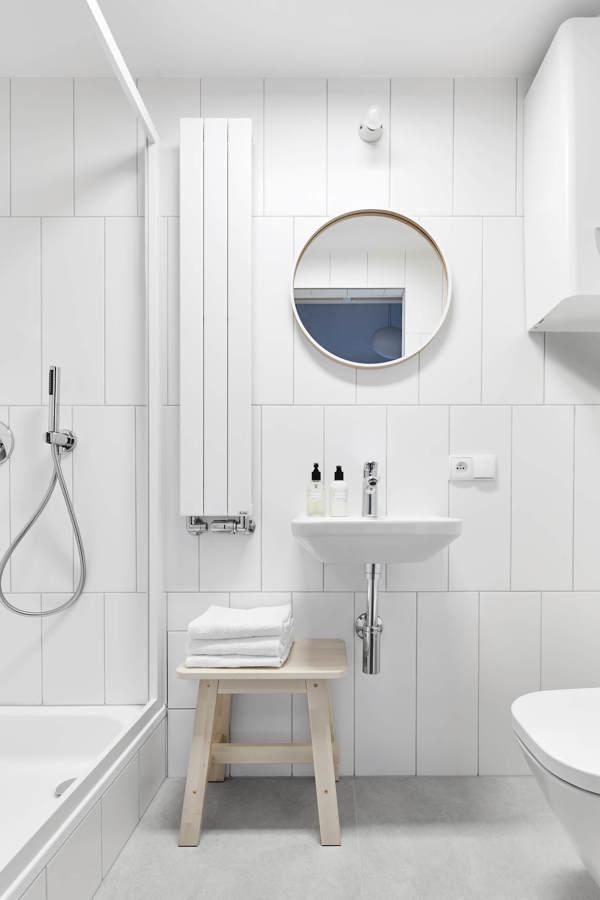 Bagno moderno tutto bianco