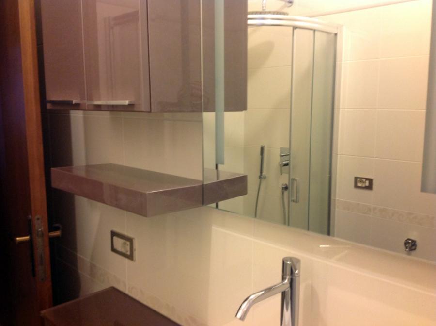foto bagno ristrutturato a sulbiate nel febbraio 2013 di