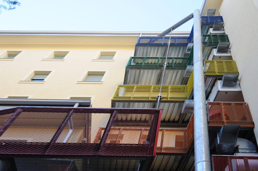 Balconi su cortile