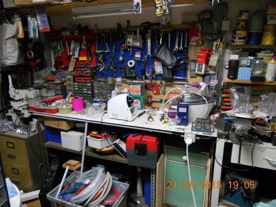 Banco Da Lavoro Per Elettricisti : Foto: banco officina riparazione di mme mutti maurizio elettricista