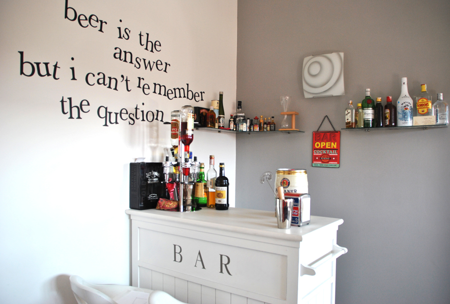 W l 39 aperitivo a casa come al bar idee ristrutturazione cucine - Bancone bar casa ...