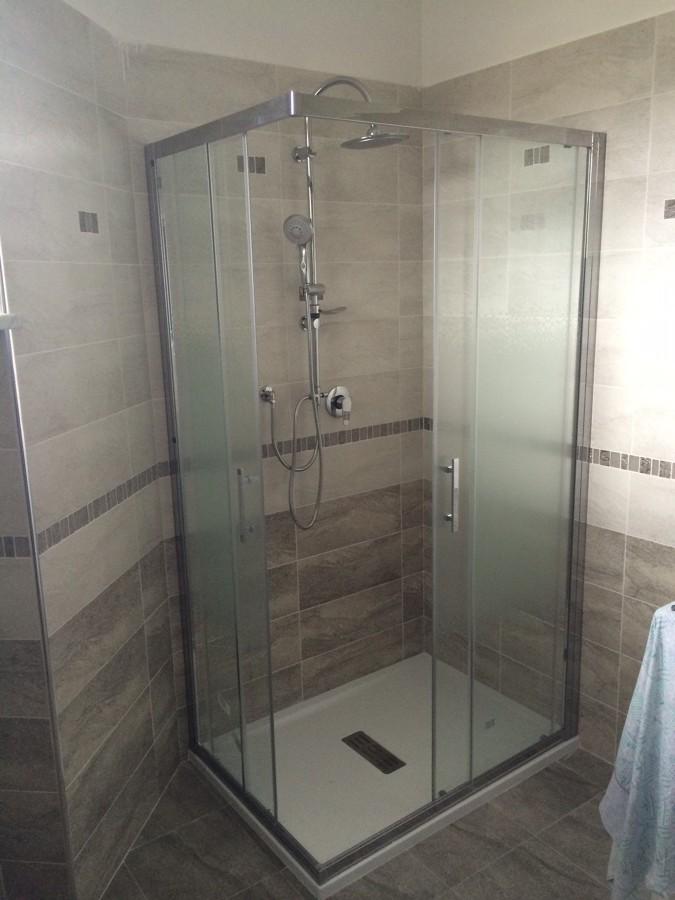 Ristrutturazione completa di un bagno idee - Box doccia pdp ...