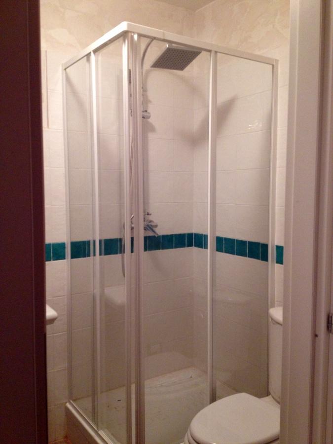 Foto box doccia di ad sistem di alessandro d 39 angeli - Foto box doccia ...