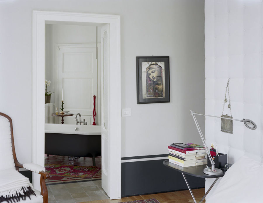 Appartamento privato a milano casa mrb idee ristrutturazione casa - Camera da letto con bagno ...