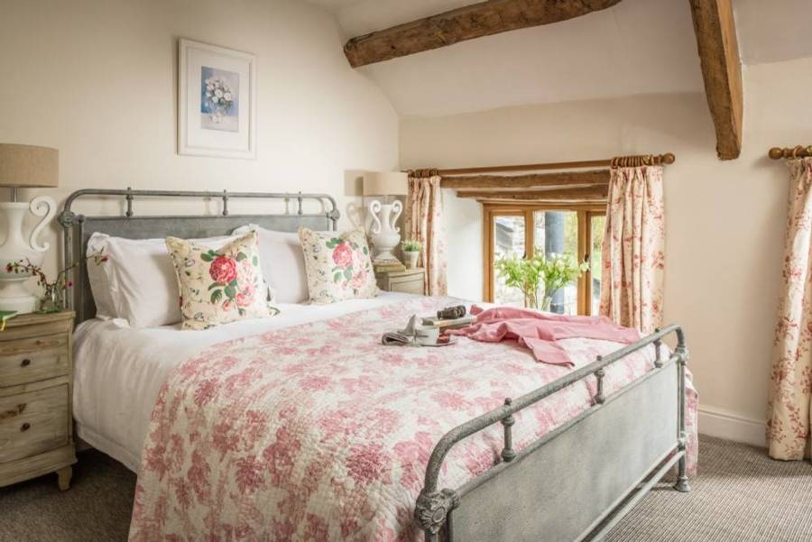 Foto camera da letto in stile country di rossella - Camera stile country ...