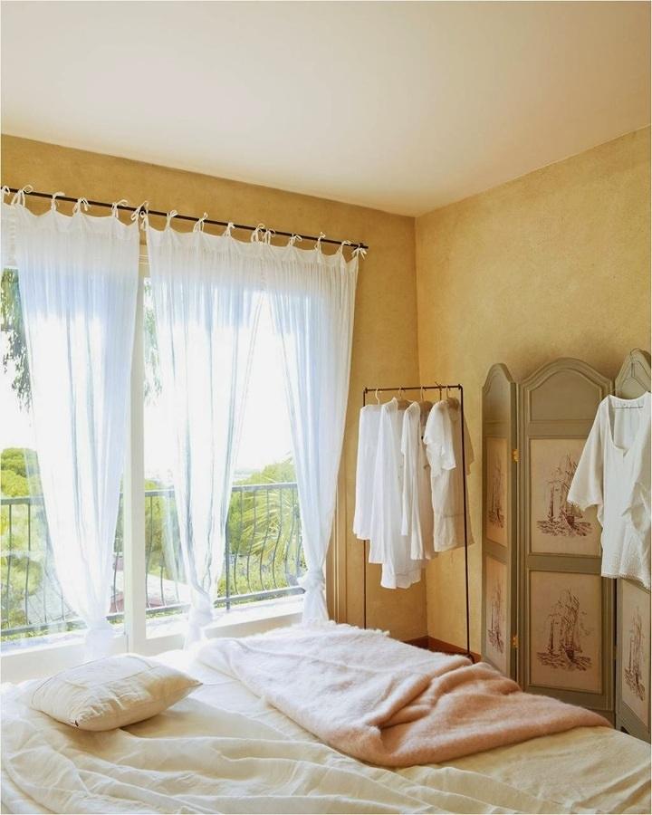 Foto camera da letto in stile provenzale di valeria del treste 308939 habitissimo - Arredamento camera da letto stile provenzale ...