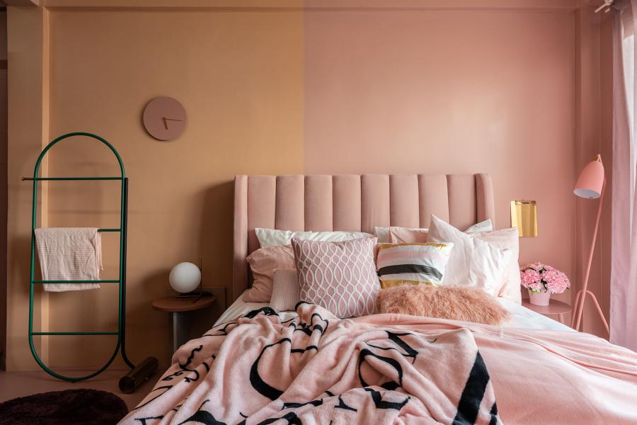 camera da letto rosa e arancio