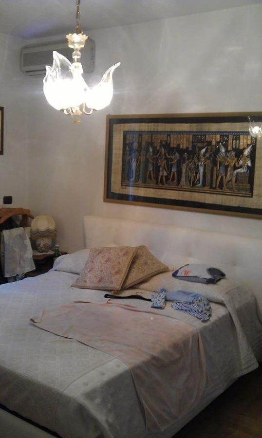 Camera Matrimoniale prima della Ristrutturazione